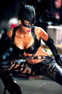 Halle-berry-catwoman-body-81c6f